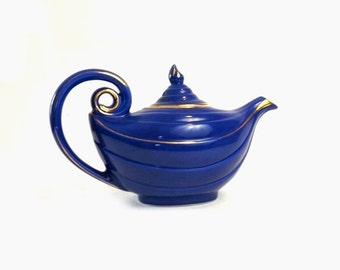 Hall Aladdin Teapot, Cobalt Blue Ceramic 6 Cup Tea Pot with Gold Trim, Mid Century Kitchen Display