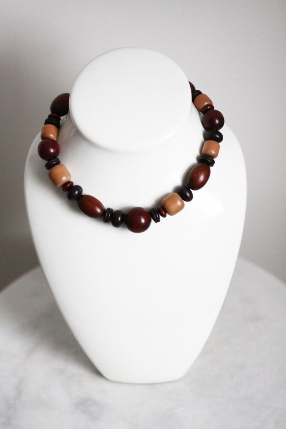 1970s wooden bead necklace // 1970s wooden choker necklace // vintage necklace