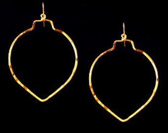Gold Hoop Earrings, Hammered Gold Hoops, Minimalist Earrings, Everyday Earrings, Dangle Earrings, Leaf Shape Earrings, Hammered Earrings,