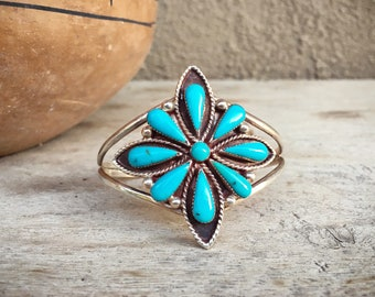 Old Pawn Turquoise Bracelet for Small Wrist, Southwestern Jewelry, Vintage Turquoise Jewelry Navajo Jewelry, Turquoise Cluster Cuff Bracelet