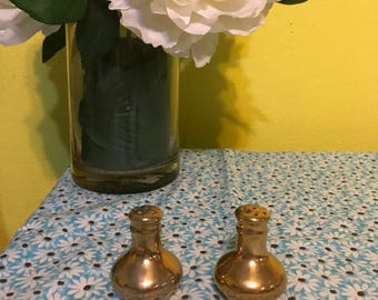 1940s Gold Gilt Salt and Pepper Shakers Made in Japan, Vintage