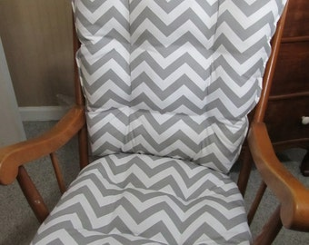 Charmant Rocking Chair Or Glider Cushions Set In Grey And White Zig Zag Chevron,  Baby Nursery