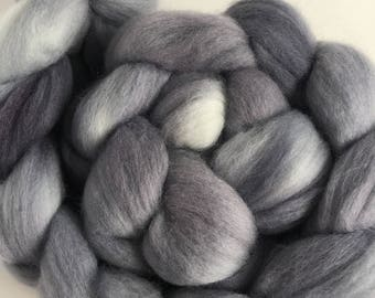 Grey Merino Combed Top Roving for Spinning and Felting