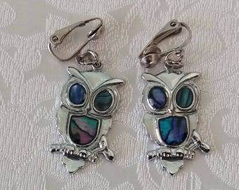 Vintage Owl Dangle Clip-On Earrings, Owl Earrings, Owl Dangle Earrings, Owl Clip-On Earrings, Costume Jewelry, Vintage Costume Jewelry