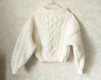 Ready-to-ship. Cable knit white sweater. Chunky oversized. Off-the-shoulder. Wool-acrylic. Spring-fall-winter.Hand knit