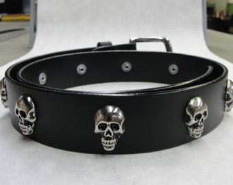 "Handmade in U.S.A.  Solid Thick Black Leather Belt with Skull Head Conchos 1-1/2"" ( 38-mm ) 1.5 inch Removable Stainless Steel Buckle"