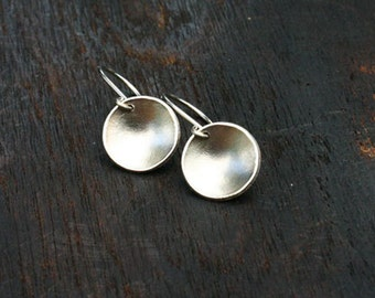 14k White Gold Earrings. Solid White Gold Earrings. Round White Gold Disc Earrings. White Gold Dangle Earrings. Gold Disc Dangle Earrings