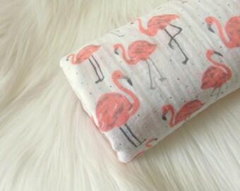 Muslin Swaddle Blanket Flamingos / Flamingo Baby Blanket, Swaddling Blanket Girl, Baby Girl Blanket, Pink Flamingos, Baby Shower Gift
