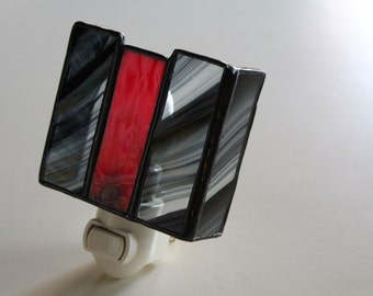 Elegant red/black five panel--stained glass night light