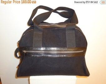 50% OFF Beautiful Vintage Black Travel Bag