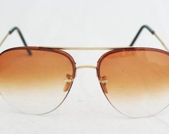 Sunglasses- Aviator Ombre Gold Frames with metal bridge