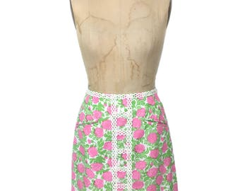 vintage 1960's LILLY PULITZER floral skirt / The Lilly / pink green white / cotton blend / mini skirt / women's vintage skirt / tag size 4