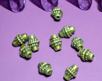 10 beautiful beads 10mm bronze