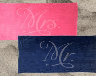 Set of 2 Mr. and Mrs. Beach Towel Set for the honeymoon, Mrs. Beach Towel, Mr. Beach Towel, engagement gift, Destination wedding beach towel