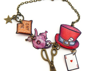 Bracelet chain Alice the Wonderland