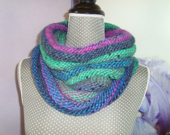 Snood Snood neck warmer wool to glitter like sequins - Navy Blue, green, fuchsia.