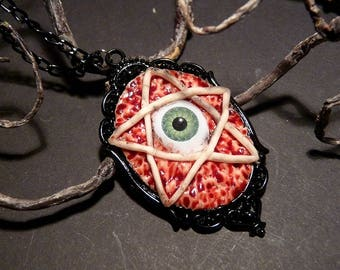 Eye necklace - fleshy pentagram
