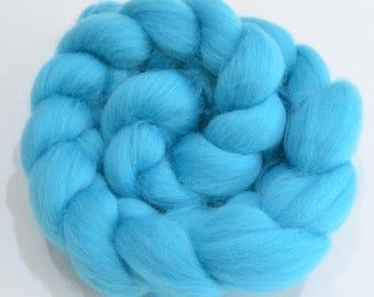 Merino Wool Combed Top - Light Blue - Spinning - 100 grams