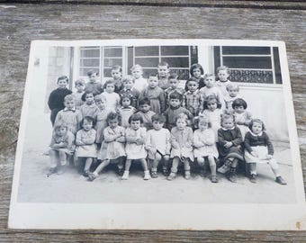 Vintage 1951 old French black & white school photography