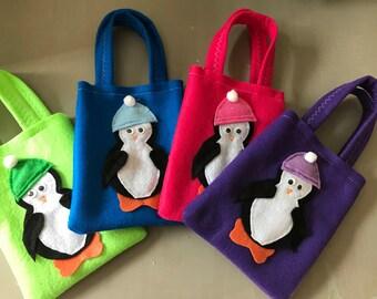 LITTLE PENGUIN / Felt party bags/ party supplies/party favor set of 10 bags