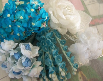 Vintage Millinery / Floral Sampler / Fabric Flowers / 1950s-1960s / Mother's Day / Gift Box / Velvet Ribbon / Variety / Blues and Whites