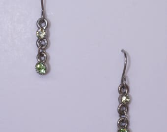 Small crystal drop earring