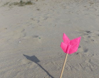 Pink Felt Arrow FLYFAR Pencil Topper, Pink Arrow, Vegan