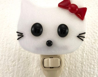 Hello Kitty Night Light Irid Glass White