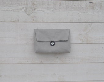 Clutch gray ceremony, lined, folded flap buttons mother of Pearl, lightweight, washable, hand-made in France, trinket bag