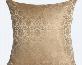 Ivory silk pillow cover. Cream Decorative Throw Pillow Covers. Festive Pillow, Banaras silk pillow luxury cushion 18inch 2in stock 20 % off