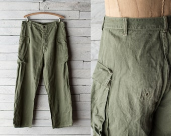 WWII HBT Trousers - 40s 2nd Pattern Herringbone Twill Sage Green Army Fatigue Pants  - Sz 34
