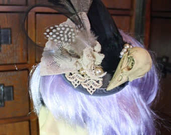 Steampunk gothic bird skull taxidermy fascinator, headpiece, noir, burlesque, alternative wedding
