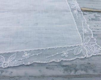 Vintage Handkerchief, Lace Hankies, Ladies Hankies, Bride Handkerchief, Bridal Wedding Hankie, Vintage Handkerchief, Wedding Handkerchiefs