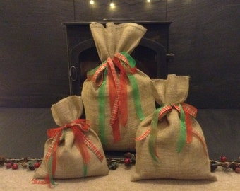 Extra Small, Small & Medium Hessian Sacks/Gift Bags