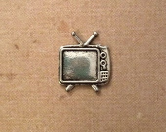 Retro TV Lapel Pin / Tie Tack - Silver Tone - Tack Backing with Clutch Clasp - Vintage Style Television Pin - TV Lover Gift