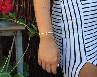 Bracelet with beautiful golden cross
