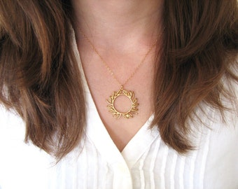 Gold Wreath Necklace, Circle Necklace, Open Circle, Gold Leaf Necklace, Fall Necklace, Woodland Necklace - 14k Gold Fill Chain