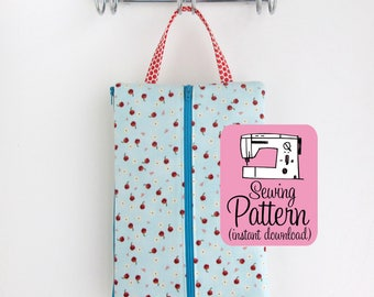 Double Zip Tool Pouches PDF Sewing Pattern | Intermediate sewing project tutorial to make four sizes of pouches with two zippered sections.