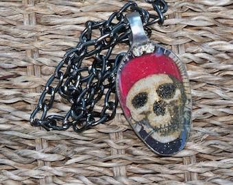 Skull jewelry, Pirate Skull Resin spoon pendant, spoon jewelry, Spoon pendant, Spoon art, Resin Jewelry, Spoon Necklace