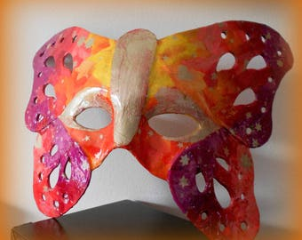 """""""Flames"""" butterfly mask"""