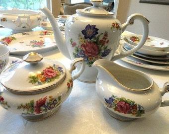 "Dinnerware for 8 The Royal Embassy's ""Monte Carlo"" -  vajilla de porcelana"