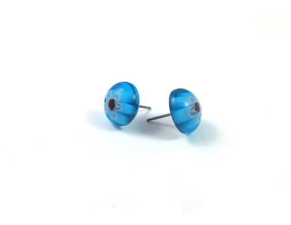 Aqua and red millefiori stud earrings - Titanium and glass