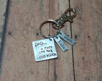 Father's Day Keychain/Celebrate Dad/Personalized Gift/Dad's Birthday Gift/Congratulations/New Dad KeyChain/For Him/A Chip Off The Old Block