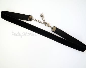 Black Velvet Chokers / 1 pound + shipping / Available from 10-18 inches