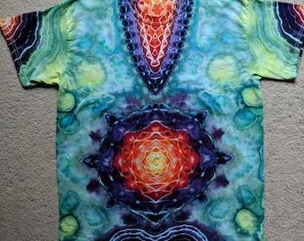 Large Tie Dye V-Design/Mandala T-Shirt