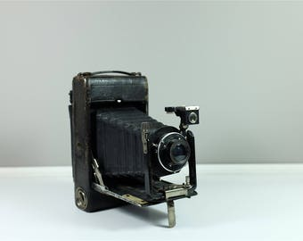 "Antique folding camera with its original case ""Orthoplan"" by J. Demaria & Murer - Very rare folding camera early 1900's"
