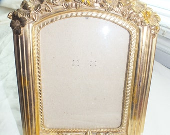 picture frame, gold frame, decorative picture frame, frame