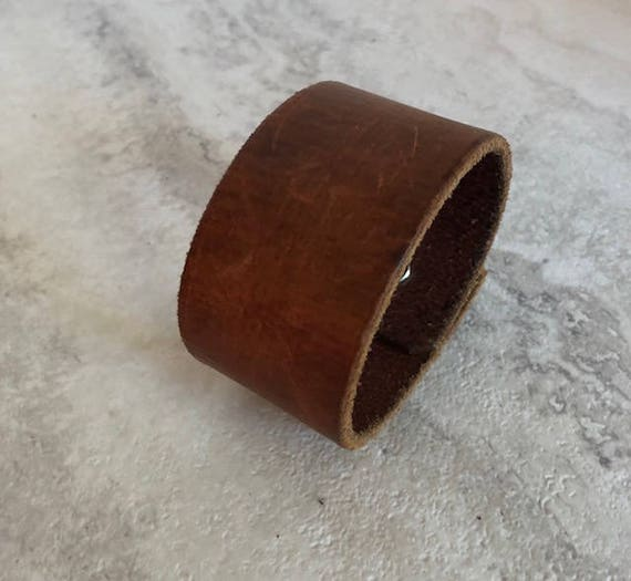 Handmade Men's Brown Leather Cuff Bracelet (7.25 inches)