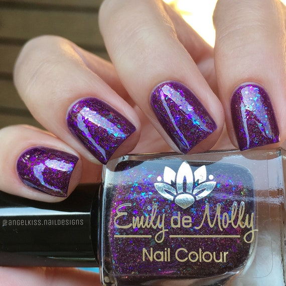 Nail polish Teller Of tales A purple with copper