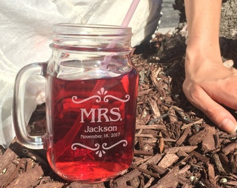 Tea Wedding Favors, Personalized Mason Jar Mugs, Rustic Favors, Mason Jar Wedding Favors, Dessert bar, Custom Mason Jars, Bride Gift